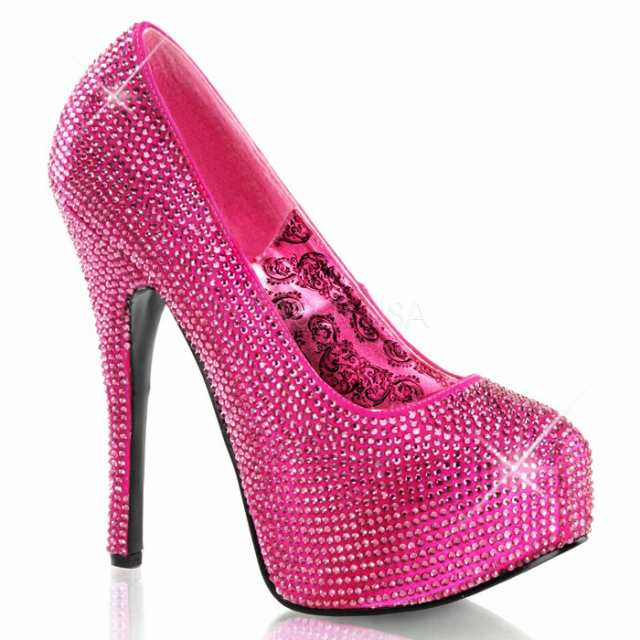 靴 ピンクに見える