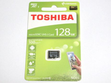 東芝製 microSDXC 128GB クラス10 100MB/s THN-M203K1280A4【メール便送料無料】