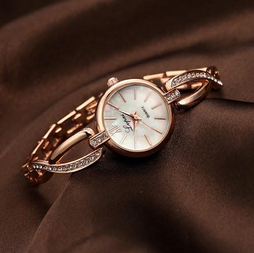 ブレスレット風 レディース腕時計 《ゴールド》 ...