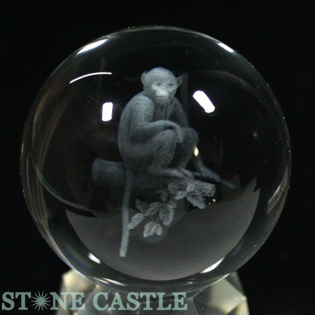 【天然石 彫刻置物】丸玉 人工水晶 サル (レーザ...