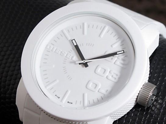 ディーゼル  DIESEL クオーツ メンズ 腕時計 DZ14...