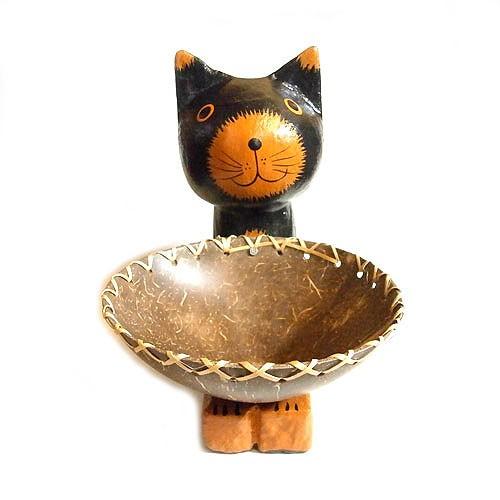木製 ココナッツのお皿を持ったバリネコ 黒  [H...