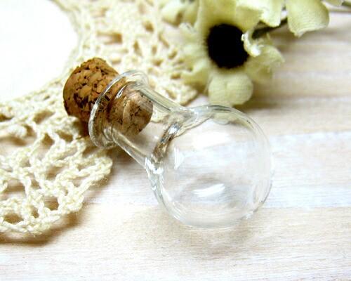 フラスコ型の小瓶 2.2x1.4[oth-bin-012]