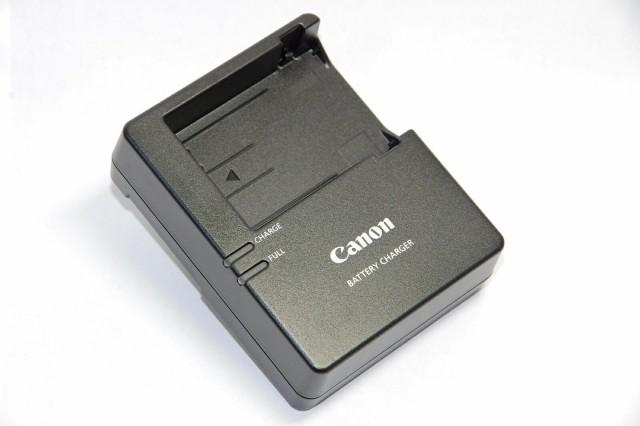 Canon  LC-E8 純正 (充電器・バッテリーチャー...