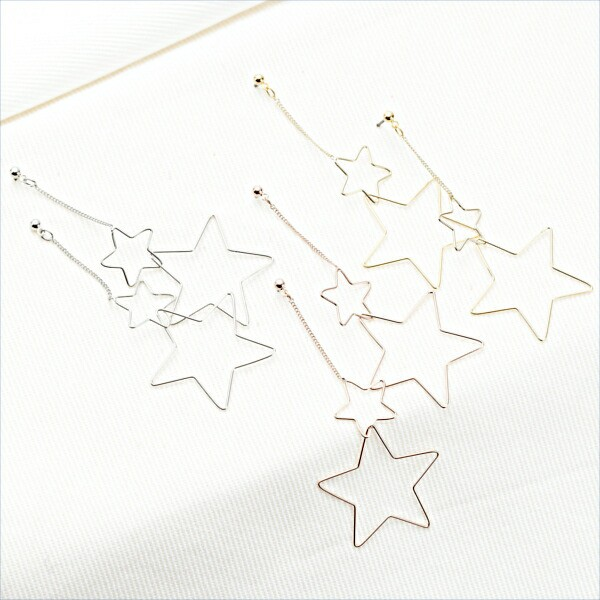 シンプルな星型フレームのスタッドピアス ニッケ...