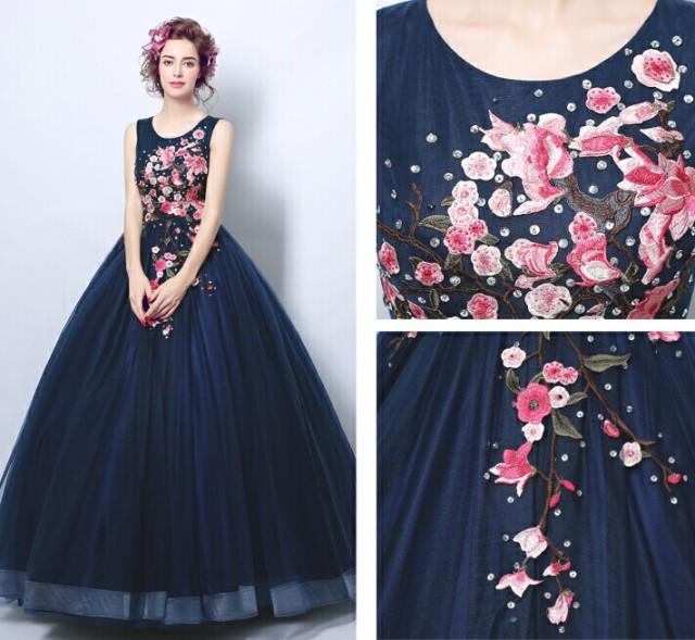 即納サイズあり ウェディングドレス  ドレス ...