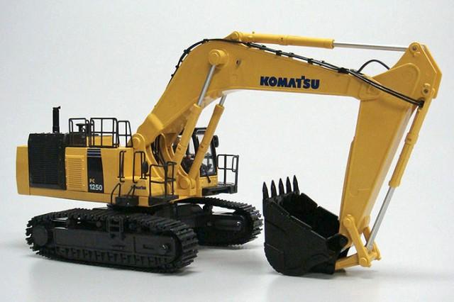 【送料無料!】 京商 1/50 IRC建設機械 油圧シ...
