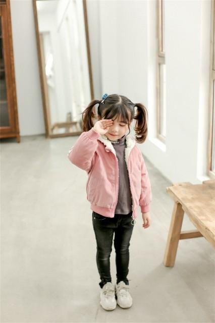 ae3af005bf582 バックプリント入りあったかジャンパー ピンク ショートアウター ショートコート 女の子 女児キッズ 子供服 秋冬
