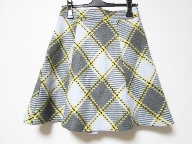 ブルーレーベルクレストブリッジ スカート サイズ...