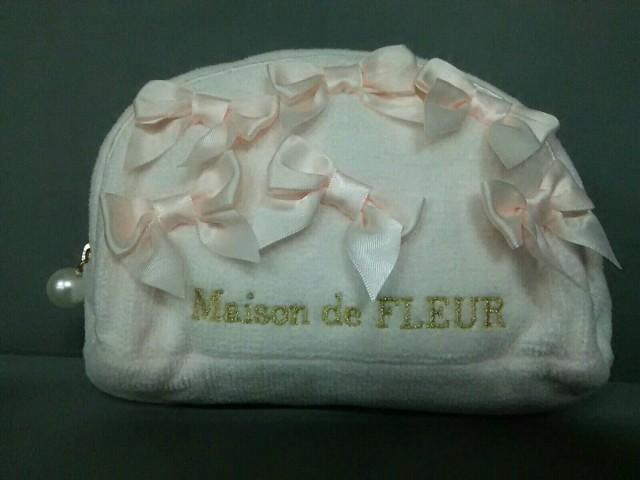 メゾンドフルール Maison de FLEUR ポーチ ピンク...