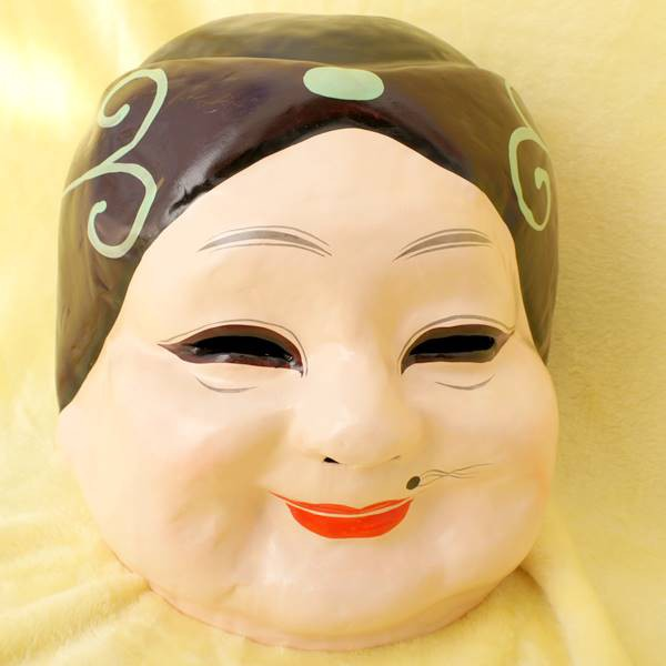横浜中華街名物・老婆かぶり面