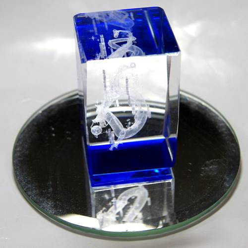 青ドラゴン・レーザー彫りクリスタルガラス 風水...
