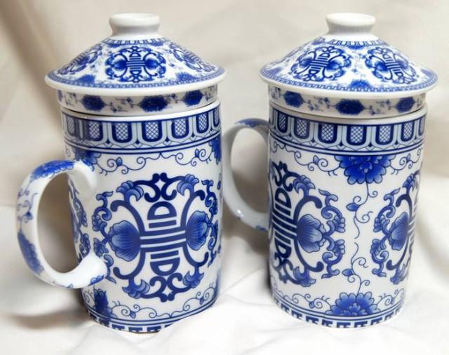 陶器製 茶漉し付きマグカップ 青色 吉祥寿柄