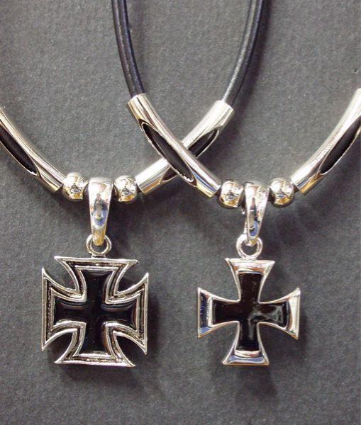 チョーカー アイアンクロス 鉄十字 十字架 シルバ...