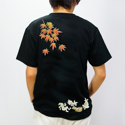 和柄メンズ半袖Tシャツ 紅葉宴兎