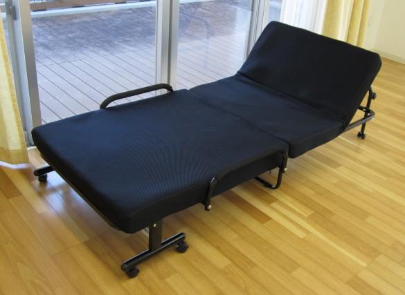 【送料無料】低反発マット使用 折りたたみベッド ...