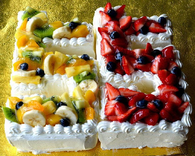 数字のケーキ 22cmx22cm誕生日や結婚記念日...