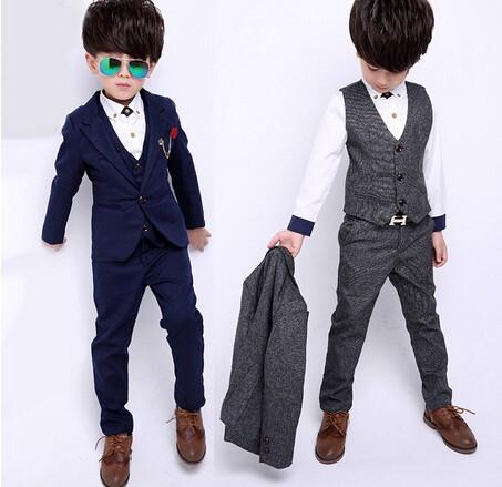 男の子 こどもスーツ 4点セット スーツ フォーマ...