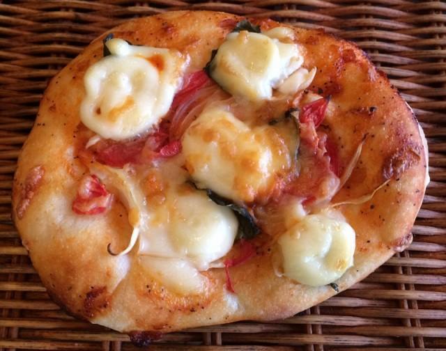 チーズとバジルがおいしい【マルゲリータ】