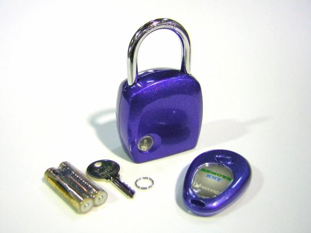 これは凄い リモコンで開錠【リモートキー メタル...