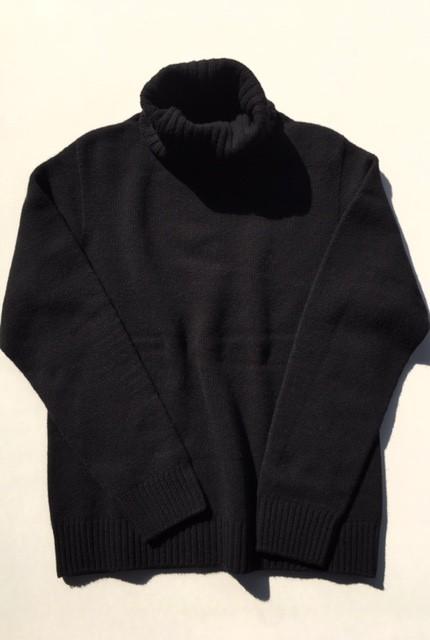 カシミヤブレンド 無縫製タートルネックセーター...