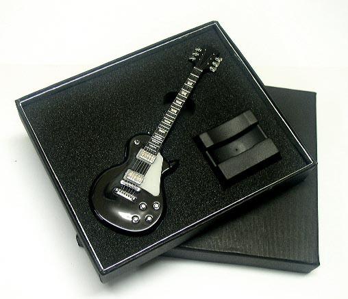 送料340円〜レスポール型本格サウンドギターライ...
