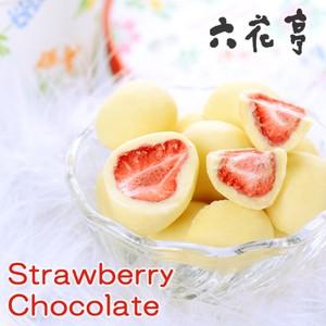 六花亭 ストロベリーチョコホワイト 苺をホワイ...