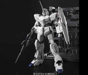 ガンプラ 1/100 MGマスターグレード【RX-0 ユニコ...