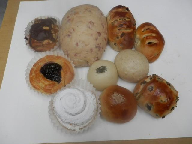 奇跡の30年自家製天然酵母パン  AA4.どのパン...