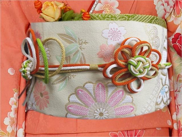 4色使い花結び先割れ正絹帯締め帯〆橙黄緑白金色 ...