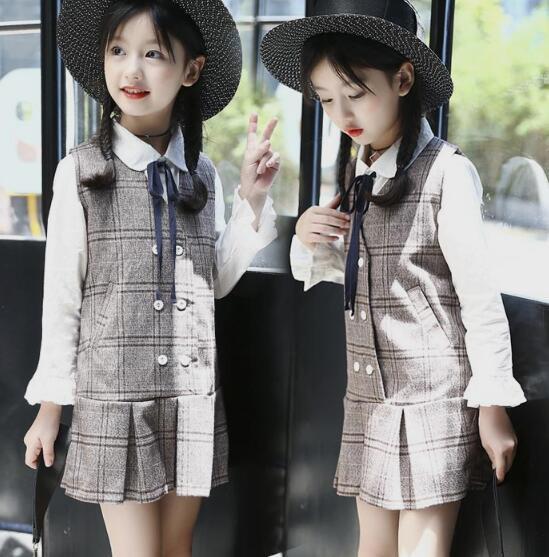 韓国子供服 女の子 長袖 Tシャツ +ストラップドレ...
