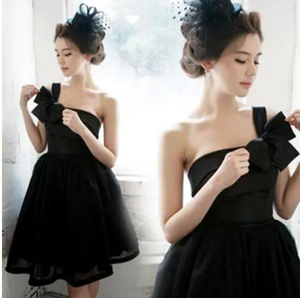 ドレス ミニドレス ショート丈 ホワイト黒 白パー...