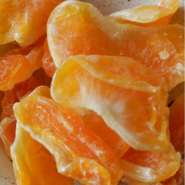 こだわりのバーで利用されているオレンジのジュー...