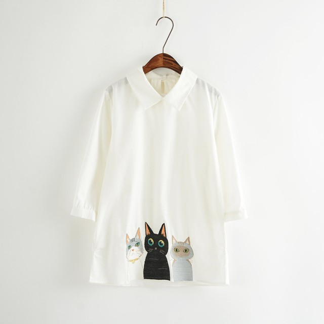 レディース猫柄シャツ 大人可愛い 猫刺繍 シャ...