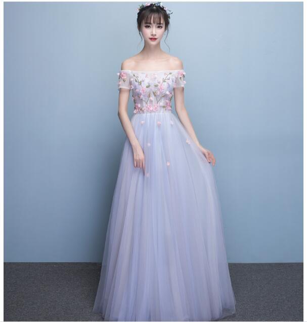 ウェディングドレス カラー 花嫁二次会 ドレス 二...