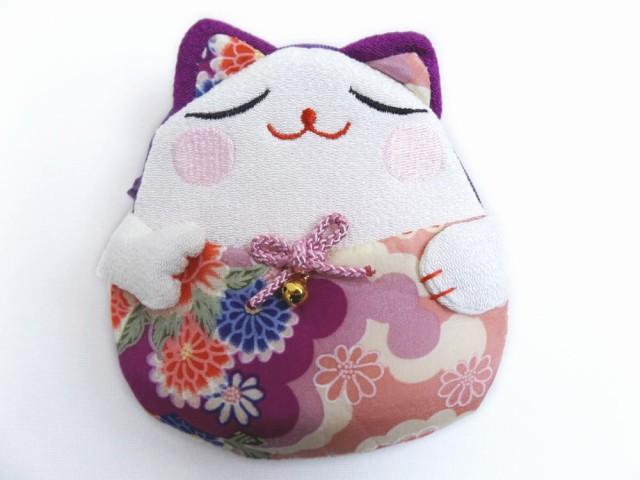 和小物 招き猫ちりめんポーチ(お化粧・コスメ・...