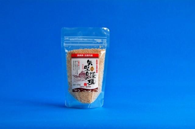 矢堅目の塩本舗 矢堅目の藻塩(100g)