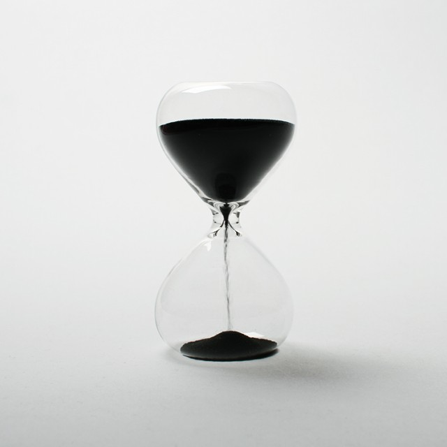 Hourglass - M 砂時計 (M) クリア ハイタイド db0...