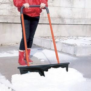 【送料無料】キャスター付き 雪押し君