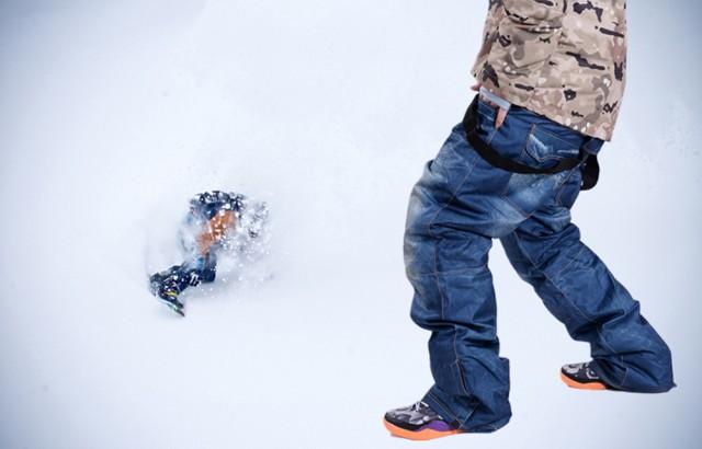 スノーボードウェア パンツ デニム風 スキーウェ...