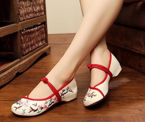 2点送料無料  パンプス靴/刺繍靴 婦人靴 中国...