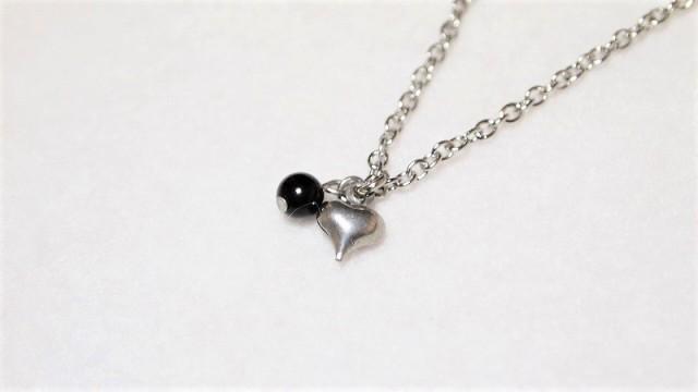 モリオン(黒水晶)の小さなぷっくりハートネック...