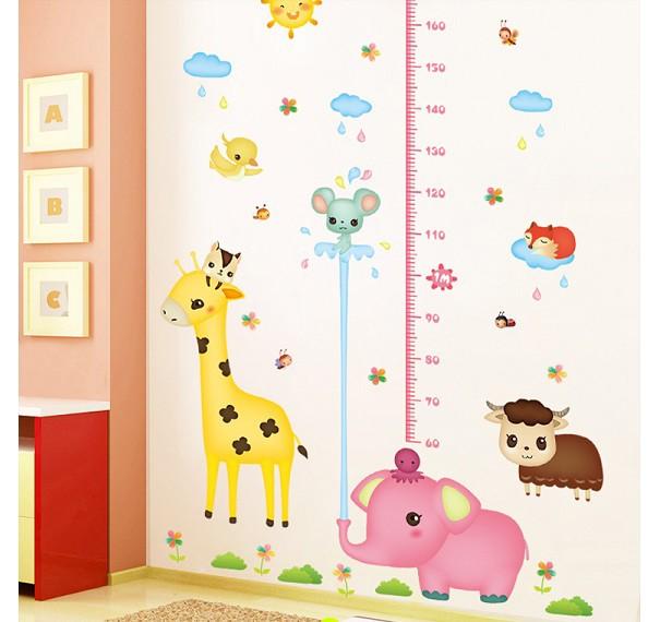 ウォールステッカー ピンクの象さんと動物たちの...