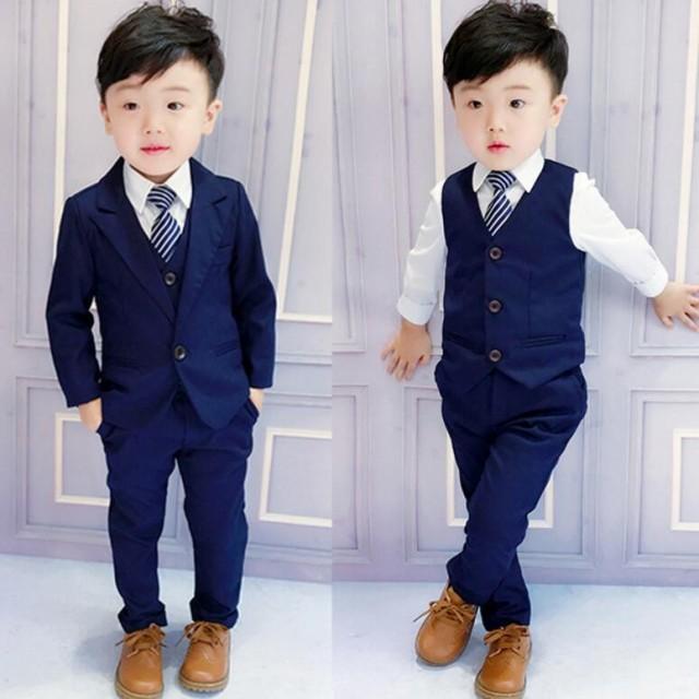 韓国子供服長袖  男の子タイト目なシルエットに定...