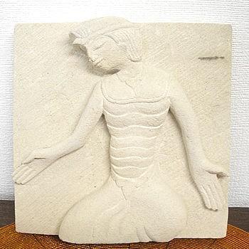 砂岩のレリーフ『踊る男』 [20x20cm] アジアン雑...