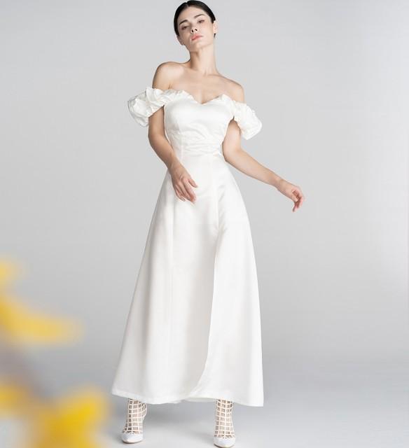 ウェディングドレス スレンダー ロングドレス オ...