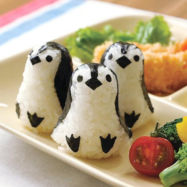 おにぎり押し型 ペンギンおにぎり ベビー キャラ弁 ( おにぎり抜き型 ご飯押し型 お弁当グッズ ご飯抜き型 デコ弁 キャラ弁 海苔カッ
