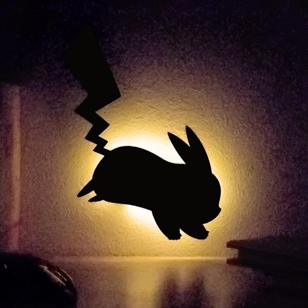 LEDライト ポケットモンスター ポケモン ウォールライト ピカチュウ ( LED 照明 壁掛け 足元灯 フットライト 音感 センサー インテリア