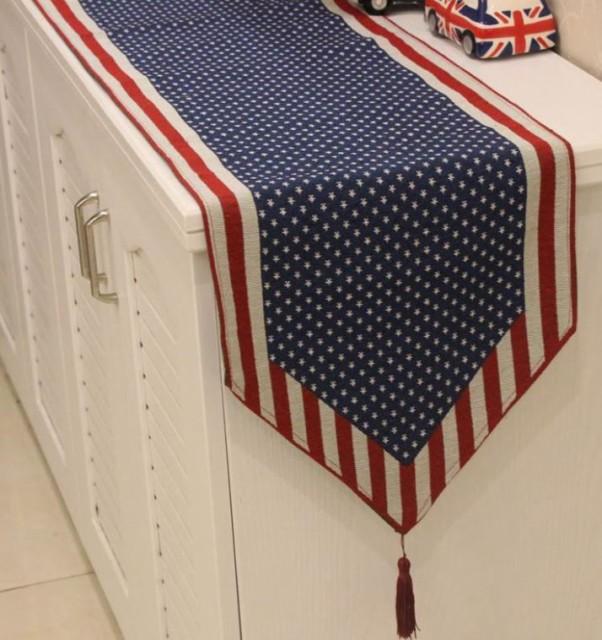 テーブルランナー アメリカン風 タッセル付き