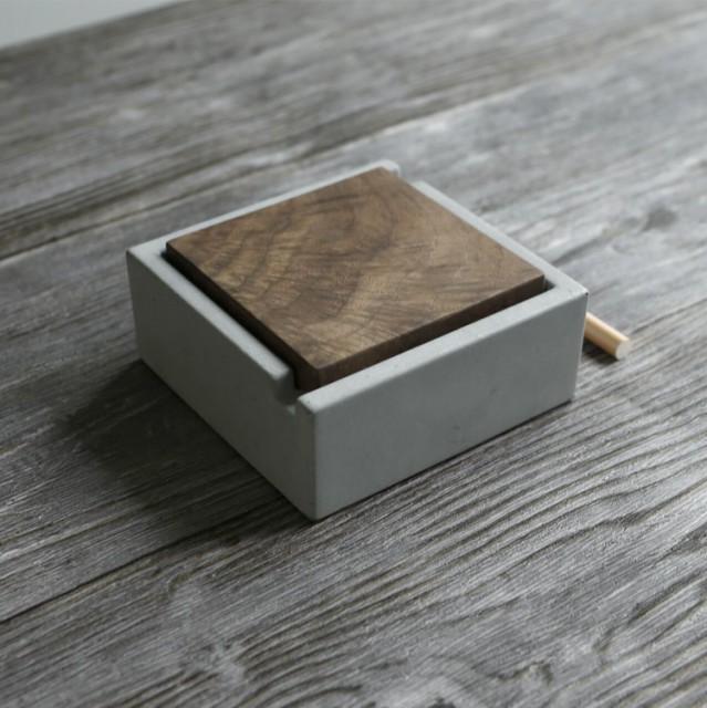 灰皿 角型 木製のふた付き シンプル モダン セメ...
